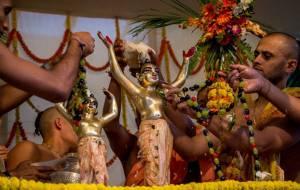 GauraPurnimaAbhishek2013atISKCONMayapurPart0248